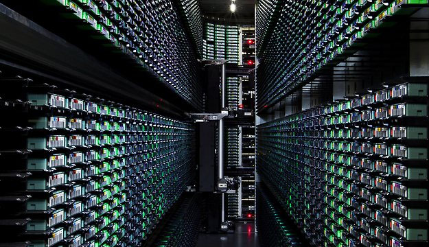 Equinix Turns to Fan Walls for Data Center Cooling
